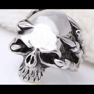 Brand New Stainless Steel Skull Ring